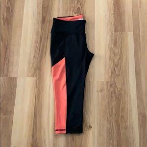 3/4 leggings in size S